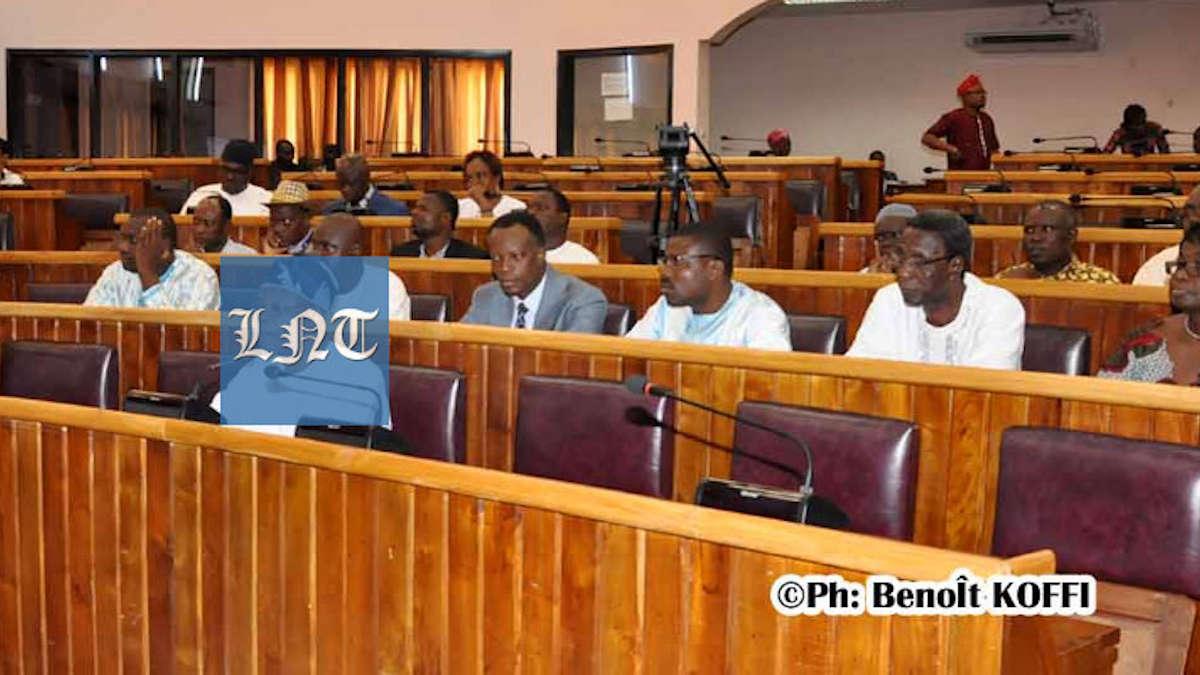 Bénin: « La classe politique est à géométrie variable » selon Marcellin Ahonoukoun