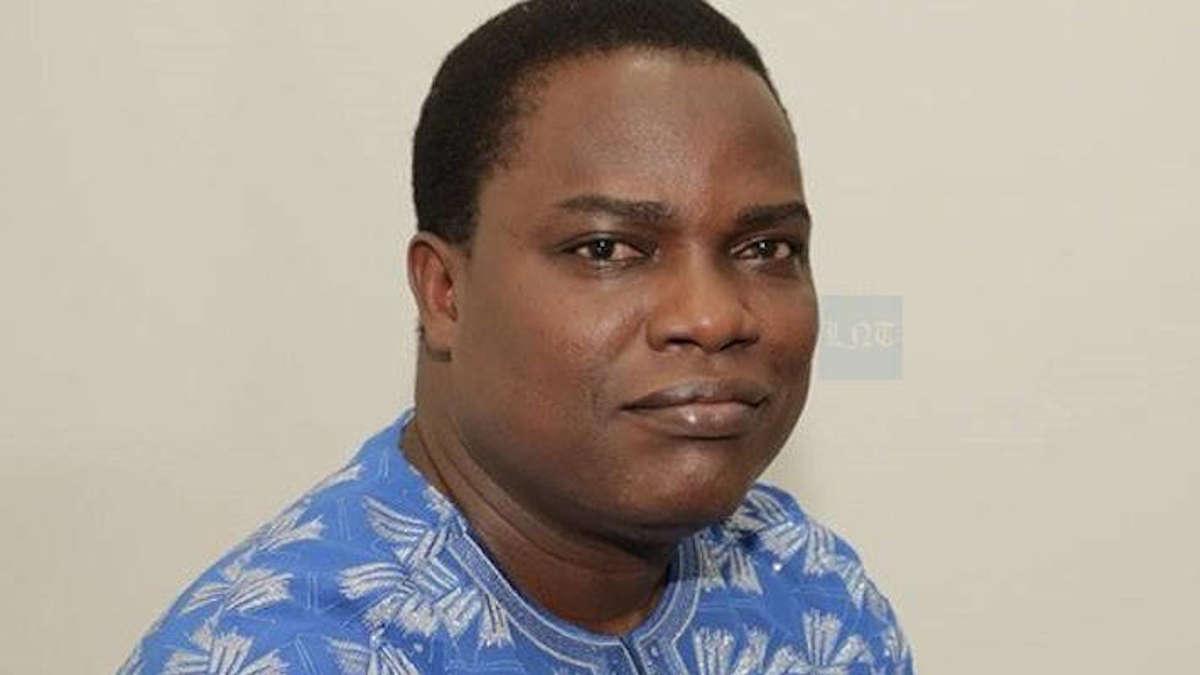 Natondé Aké, Pdt de la commissionde l'éducation, de la culture,...