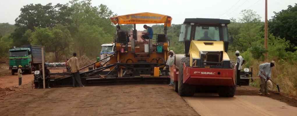 Réhabilitation de la route COLODO : Justin Akouété justifie la qualité des travaux
