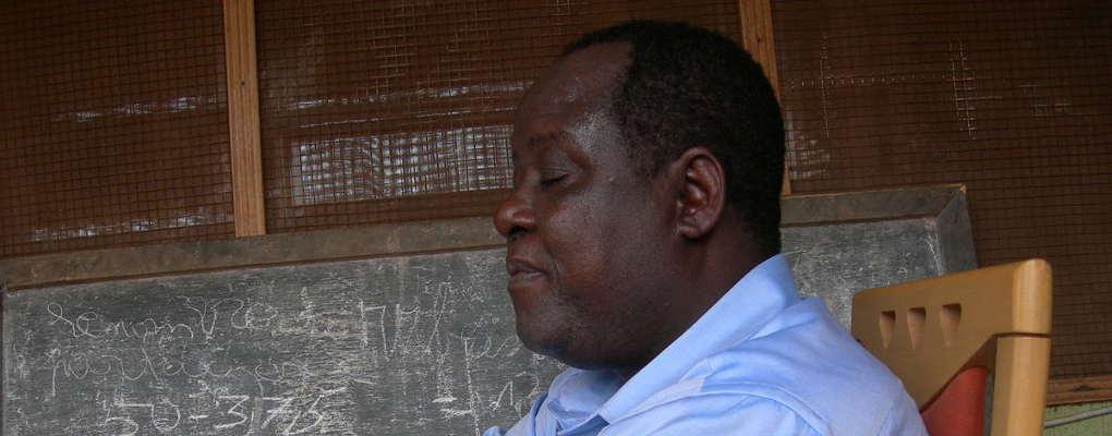 BENOIT ILLASSA : Ambassadeur ou blogueur ?: «L'homme qu'il faut à la place qu'il faut» ?