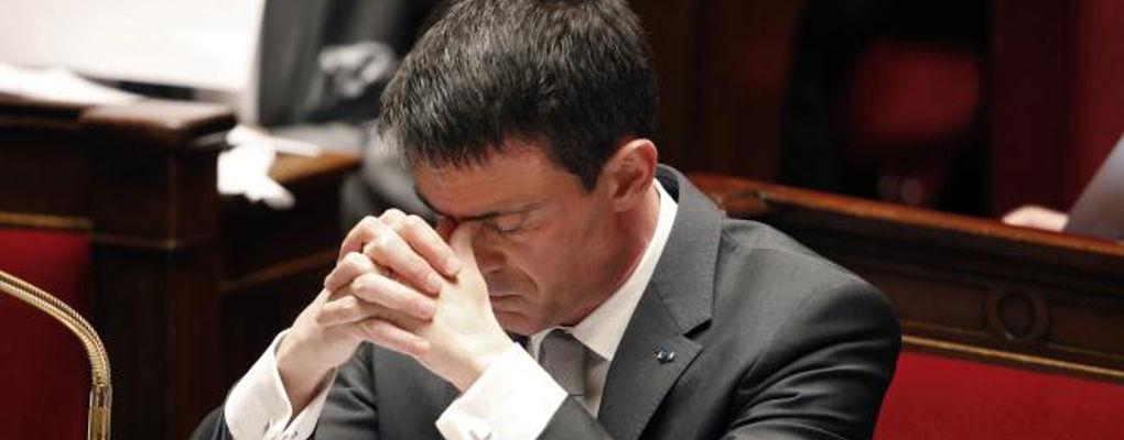 France : désespéré, Manuel Valls avale des couleuvres