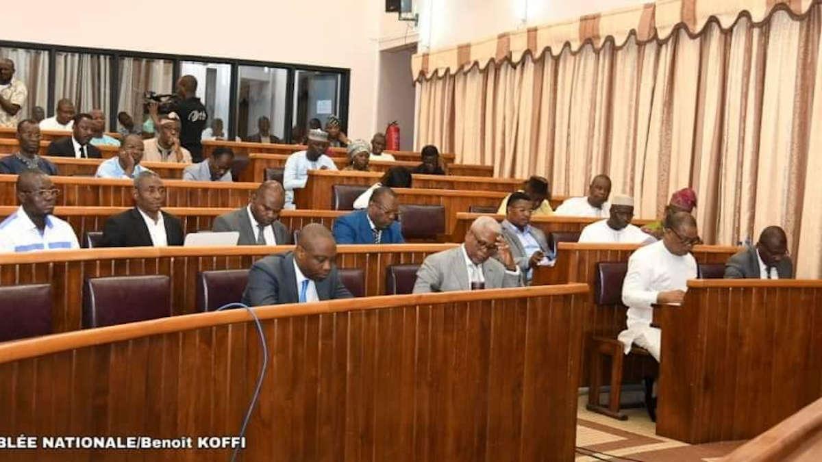 Bières nigérianes au Bénin : L'He Ahonoukoun parle de la fraude douanière