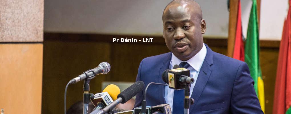 Bénin: Oswald Homéky met 553.000.000F Cfa à la disposition de 29 Fédérations