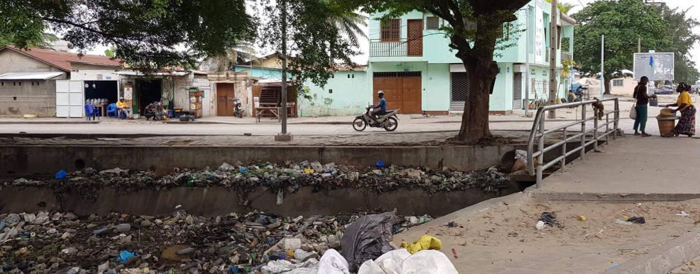 Interdiction des sachets plastiques au Bénin:  une avancée qui va bouleverser les habitudes