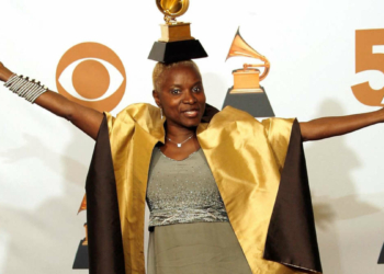 Angélique Kidjo aux Grammys (Photo VINCE BUCCI/GETTY IMAGES)
