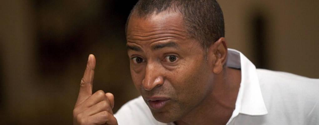 Belgique: arrêté avec un passeport jugé falsifié, Moïse Katumbi accuse Kabila