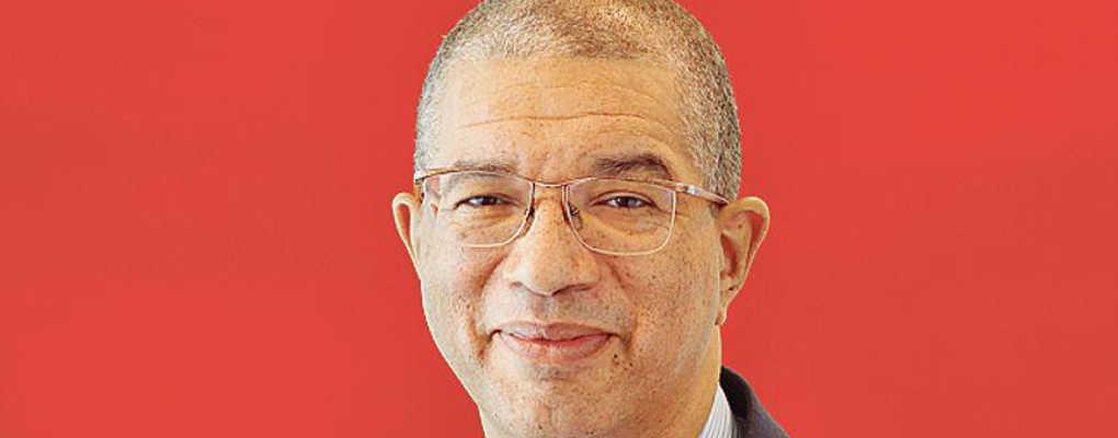 Après la plainte du patron d'Ebomaf, Lionel ZInsou dépose une plainte à Paris