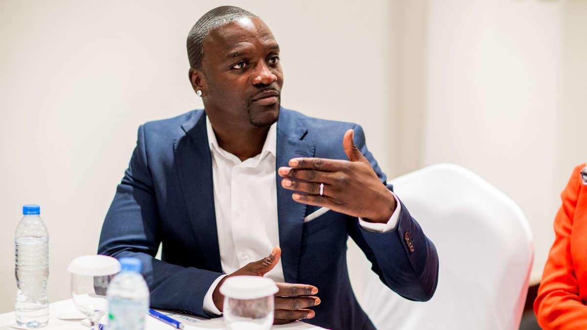 """Afrique : Akon annonce la monnaie virtuelle """"Akoin"""" pour redynamiser l'économie"""
