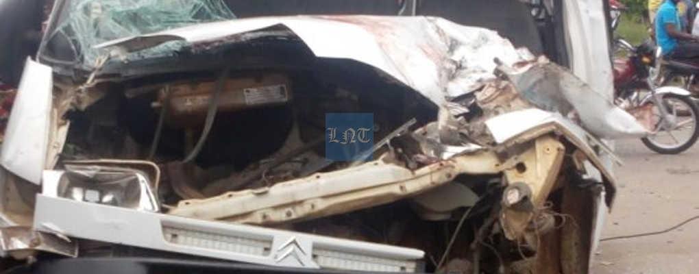 Accident de la circulation au Bénin : Un minibus en excès de vitesse fait un mort et une dizaine de blessés