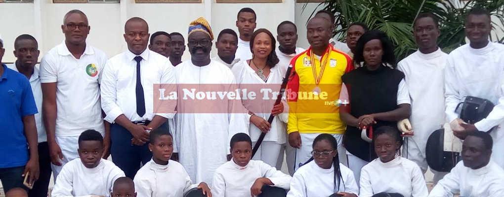 En visite au Bénin, la ministre Laura Flessel s'engage à accompagner l'escrime