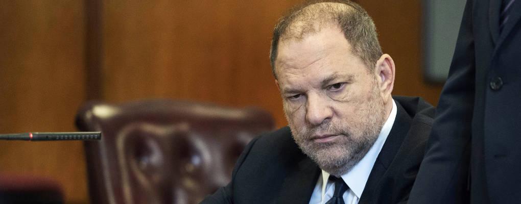 Accusé de viol, Harvey Weinstein diffuse des messages compromettants pour une accusatrice