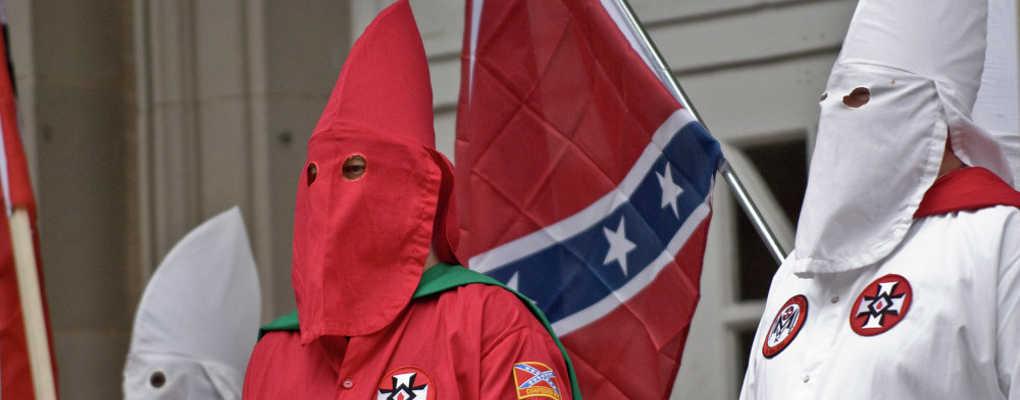 USA : le Ku Klux Klan tente de recruter des enfants avec du chocolat