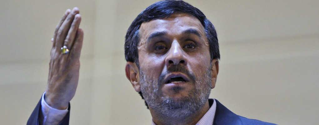 Polémique sur sa tenue : Serena Williams reçoit le soutien d'Ahmadinejad
