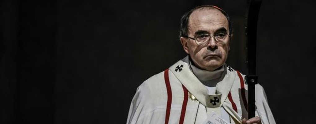 Pédophilie en France : l'église catholique se déchire