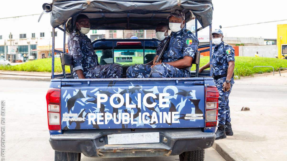 Des agents de la police républicaine (Photo AmB.)