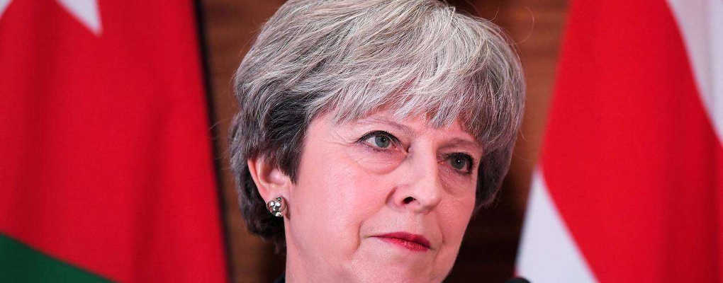 Europe : Theresa May humiliée, la presse britannique critique violemment Macron