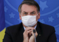Bain de foule sans masque : Bolsonaro reçoit une amende au Brésil
