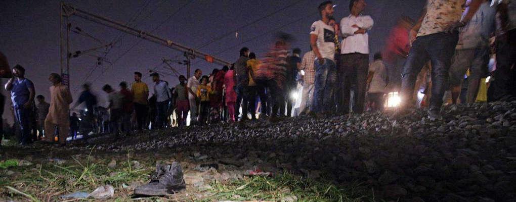 Inde : 50 personnes meurent heurtées par un train