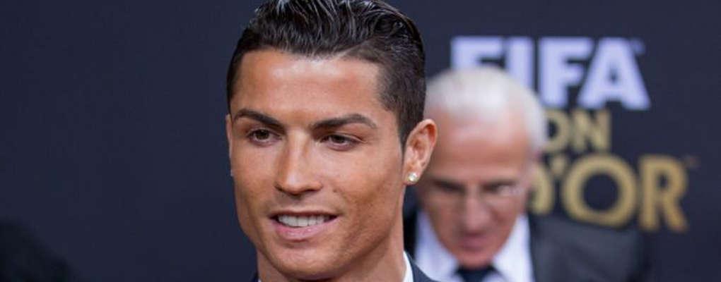 "Cristiano Ronaldo : en mode ""bling bling"" lors d'une interview"