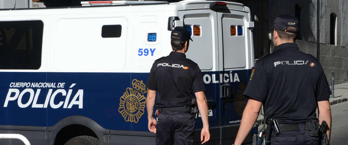 Des policiers espagnoles - Crédit : AFP / DOMINIQUE FAGET