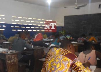 Photo d'illustration : Des élèves en salle d'examen