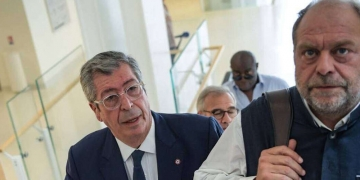 Patrick Balkany et Me Eric Dupont-Moretti | ERIC FEFERBERG / AFP