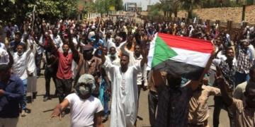 Archives (Des manifestants soudanais) © STRINGER / AFP