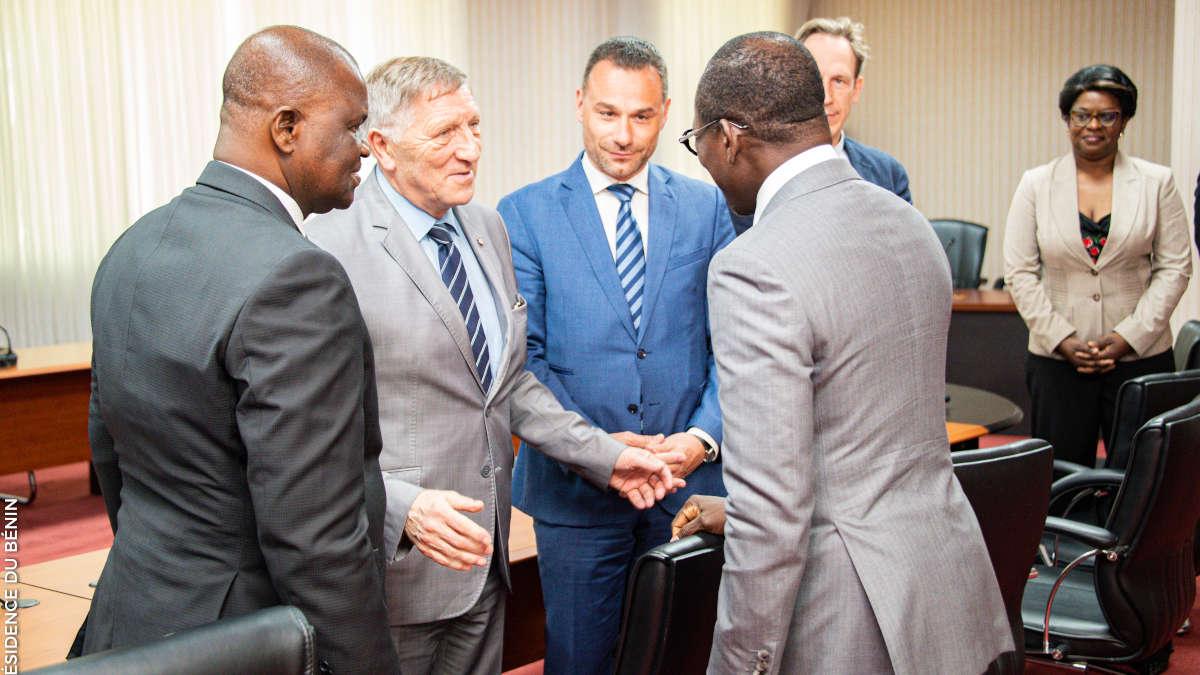 Rencontre entre la délégation de l'APF et le Président Talon