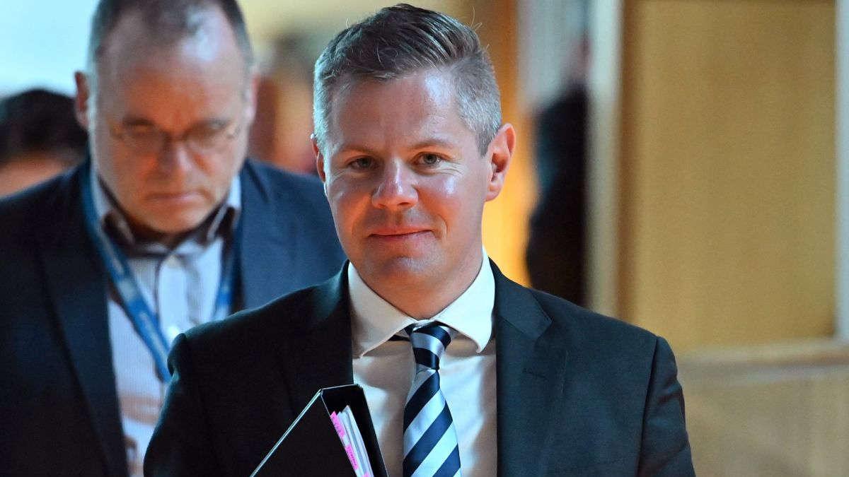 Derek Mackay, Ministre écossais des finances