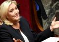 Présidentielle : Marine Le Pen tente de séduire les français
