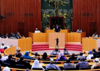 Débats à l'Assemblée nationale sénégalaise. Photo : SEYLLOU / AFP