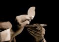 Italie : un prêtre homosexuel détourne de l'argent pour acheter de la drogue