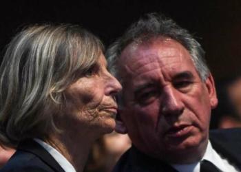Marielle de Sanrez et François Bayrou (CHRISTOPHE ARCHAMBAULT / AFP)