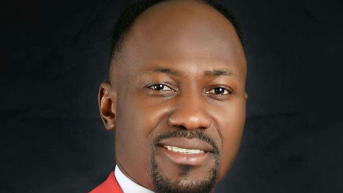 Johnson Suleman, télévangéliste nigérian, pasteur principal et surveillant général d'Omega Fire Ministries International