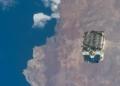 Une poubelle de près de 3 tonnes remplie de batteries libérée dans l'espace