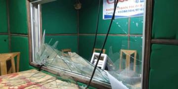 Image de la Radio Urban FM saccagée par les manifestants