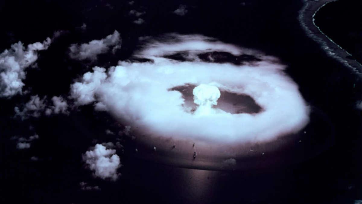 Première explosion d'une bombe atomique à Bikini dans les îles Marshall le 1er juillet 1946 (Photo unsplash)