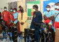 Bénin : Le président Minavoa a remis du matériel offert par Team Africa Rising à la FBC