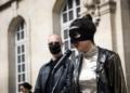 Présidentielle en France : une mystérieuse femme masquée candidate (vidéo)