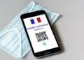 Macron : un jeune présente son pass sanitaire et se fait arrêter